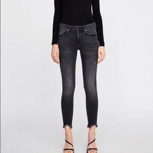 Zara | grey midrise skinny irregular hem jeans